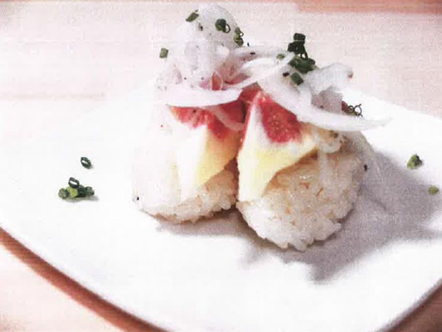 いちじくとオニオンスライスのにぎり寿司